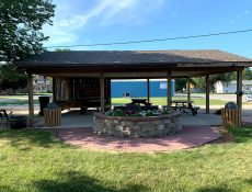 Park shelter and landscaping at Heritage Park