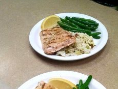 Salmon, rice, and green beans