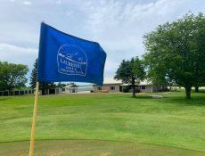 Blue 9-hole flag on Laurens Golf Course