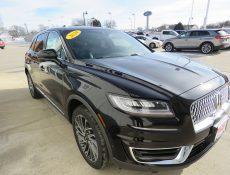 Black Lincoln SUV