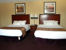 Double bedroom at Pocahontas Inn and Suites