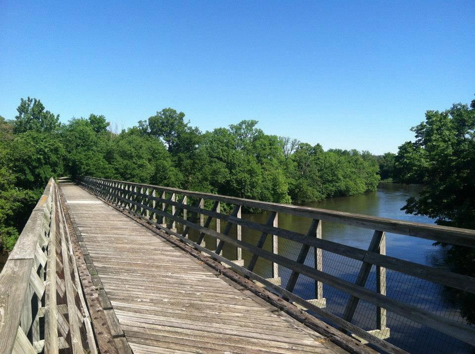Wooden bridge on Three Rivers Trail