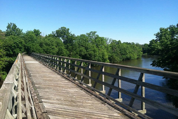 Three Rivers Trail wooden bridge
